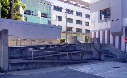 390 Main Street Disabled Entrance